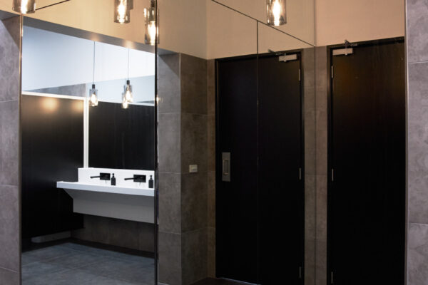 Function Room hire geelong with bathroom